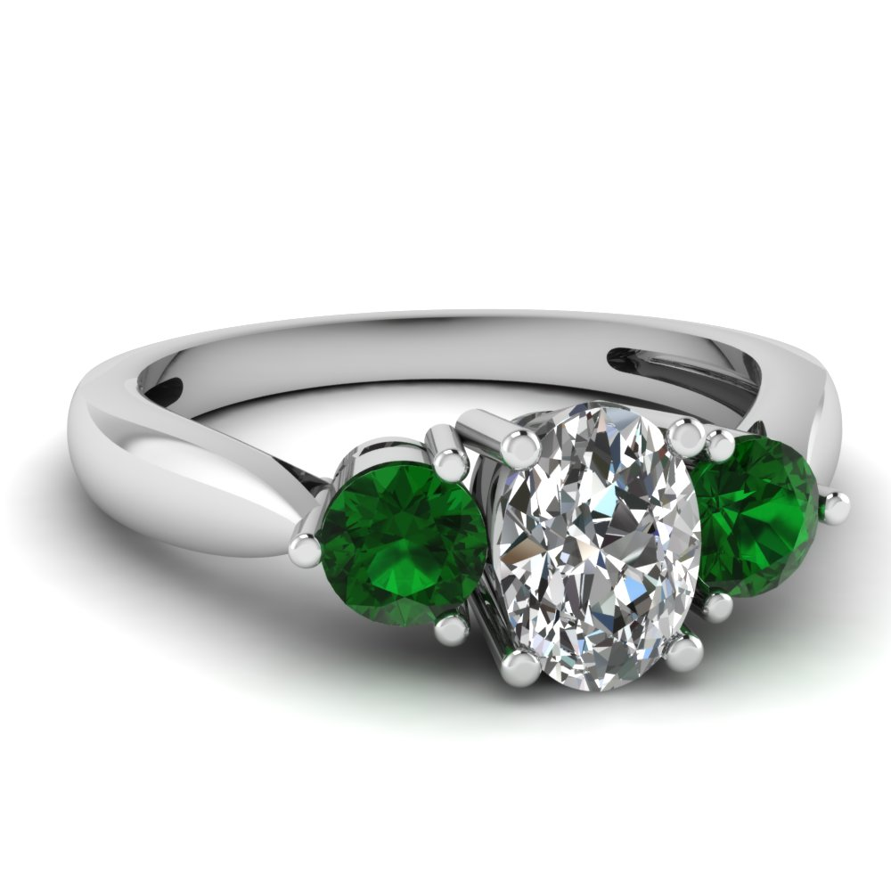 Narrow edged ring fascinating diamonds for Emerald green wedding ring